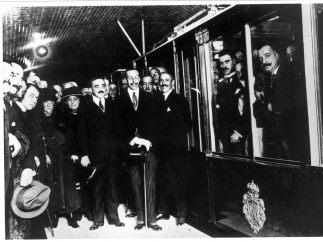 De Sol a Cuatro Caminos en diez minutos: Metro cumple cien años