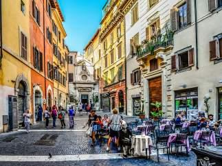 6. ITALIA