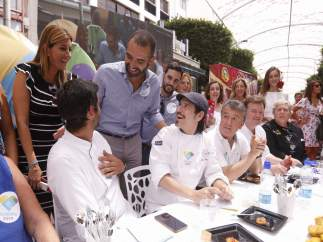 El alcalde de Almería en un concurso gastronómico