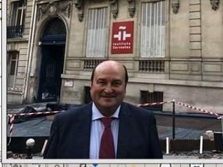 Andoni Ortuzar en París