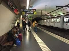 TMB detecta amianto en 38 vagones del metro de Barcelona de los 109 analizados