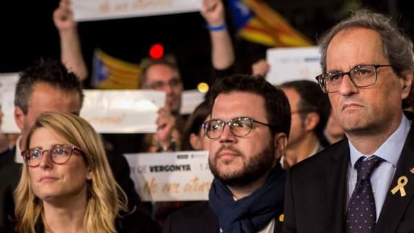 El president de la Generalitat Quim Torra, el vicepresidente Pere Aragonès y la portavoz Elsa Artadi en la marcha por el primer año de encarcelamiento de los Jordis