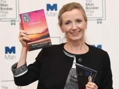 La norirlandesa Anna Burns gana el premio literario Man Booker