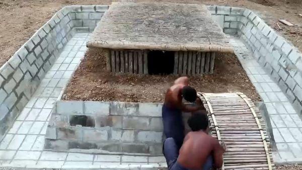 Construye una 'piscina' a la vieja usanza