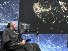 """Stephen Hawking explica por qué """"no existe Dios ni vida después de esta"""""""