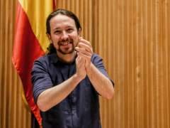 Iglesias augura que Ada Colau seguirá siendo alcaldesa de Barcelona