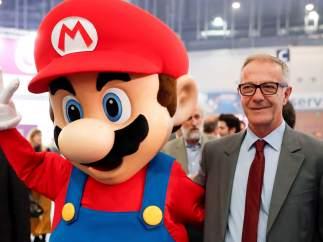 Super Mario y José Guirao