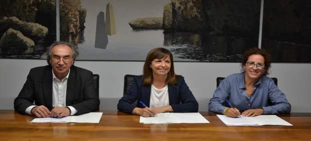 El Govern firma con Manacor y el Consell de Mallorca el convenio para la ampliación del CEIP Simó ...