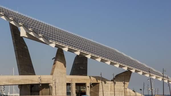 Barcelona Energia comercializará la energía que produzca la placa fotovoltaica del Fòrum, en Barcelona.