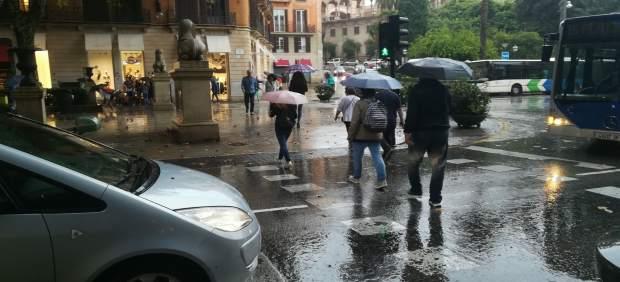 La Aemet activa este viernes el aviso naranja por lluvias en Mallorca e Ibiza