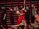 Alba y Natalia interpretan 'Toxic' de Britney Spears.