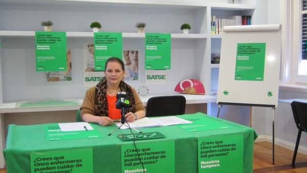 La secretaria general de SATSE Galicia en la sede de Vigo.