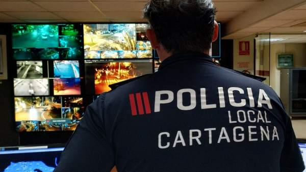 Sala de control de la Policía Localde Cartagena