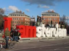 """Quieren retirar el mítico letrero 'I Amsterdam' por ser """"individualista"""" y una atracción al turismo masivo"""