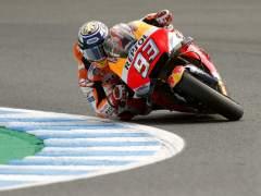 Dovizioso pone tierra de por medio con Márquez en Japón