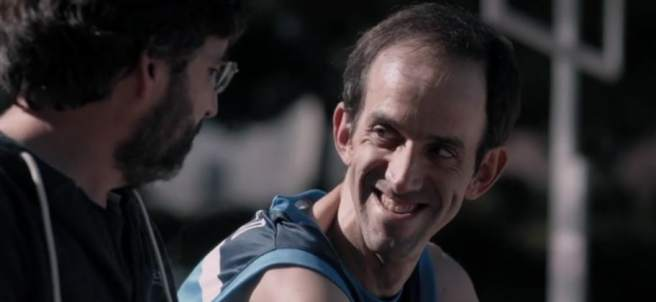 Jordi Évole con uno de los protagonistas de 'Campeones'