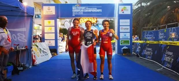 Los franceses Yohan Le Berre y Sandra Levenez ganan el campeonato de Europa de Duatlón de Ibiza