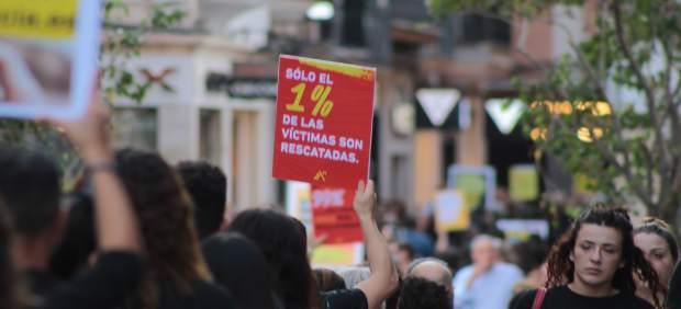 Más de 300 personas participaron en la caminata en contra de la trata y la esclavitud sexual en ...