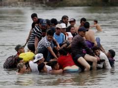 Detienen la caravana de migrantes entre Guatemala y México por falta de una estrategia oficial