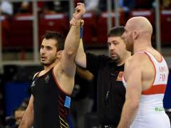 Taimuraz Friev hace historia con la primera medalla masculinaespañola en un Mundial de lucha