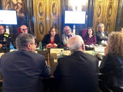 Junta de Seguridad de Barcelona: la alcaldesa Ada Colau y el secretario de Interior de la Generalitat, Brauli Duart.