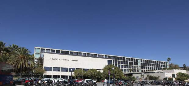 Facultad de Economía y Empresa de la Universitat de Barcelona (UB).