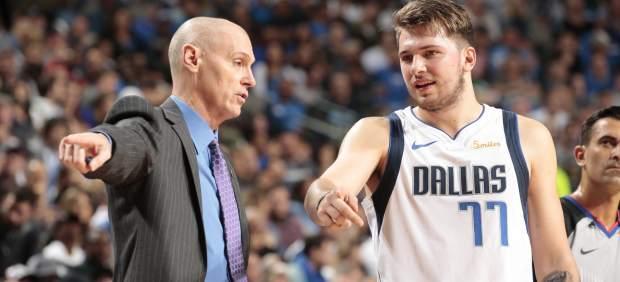 Luka Doncic maravilla en la NBA: asistencia de lujo y grandes números