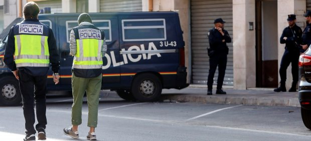 La Policía detiene a dos presuntos yihadistas en Valencia y Alicante