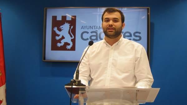 Luis Salaya, portavoz del PSOE en el Ayuntamiento de Cáceres