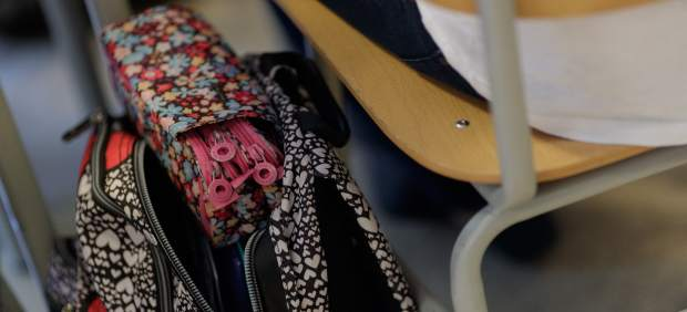 El Parlament aprueba debatir la creación de un colegio de docentes de Baleares