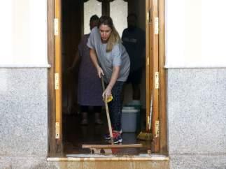 Lluvias, inundaciones, vecinos, limpieza