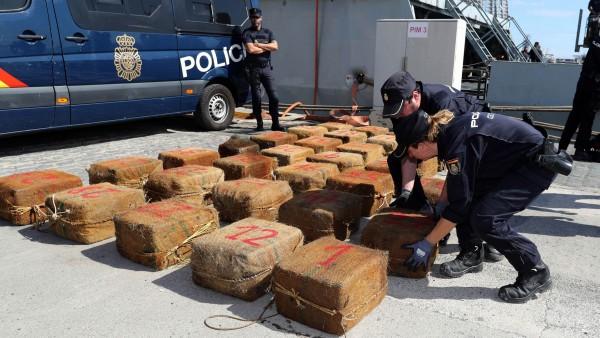 Policía requisa 1.400 kilos cocaína
