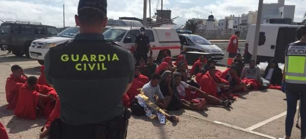 Interior prevé expulsar en 2019 a 9.000 'ilegales', casi el doble que el año pasado