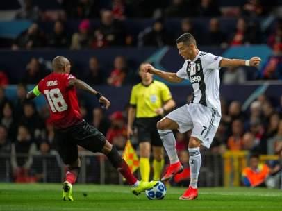 Cristiano Ronaldo, con la Juventus en Old Trafford.