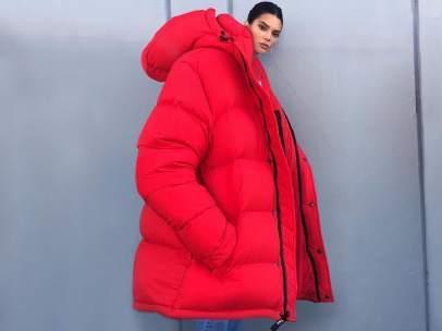 Maxi Jenner No Para Frío Los Y Plumas De Burlarse Abrigo Usuarios Kendall Con La Paran Ola Su Preparada Polar vqgHEd4Wa