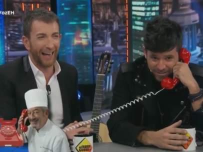Pablo López, Luis Fonsi y Antonio Orozco, en 'El hormiguero'.
