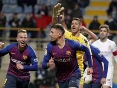 El Barcelona celebra su gol ante la Cultural Leonesa.