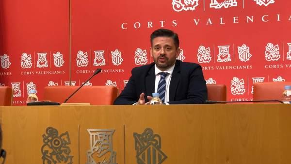 El diputado del PP en Les Corts José Juan Zaplana