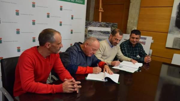 Acuerdo entre el PSOE y Pinsi, en Siero