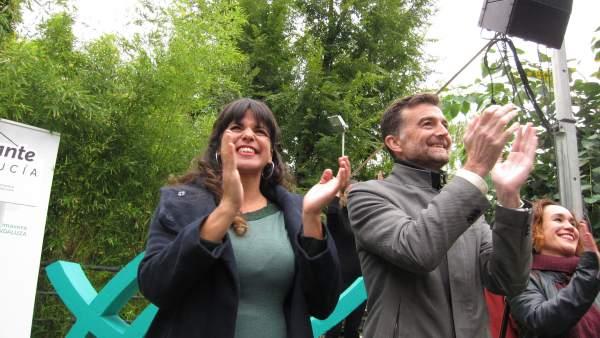 Teresa Rodríguez y Antonio Maíllo