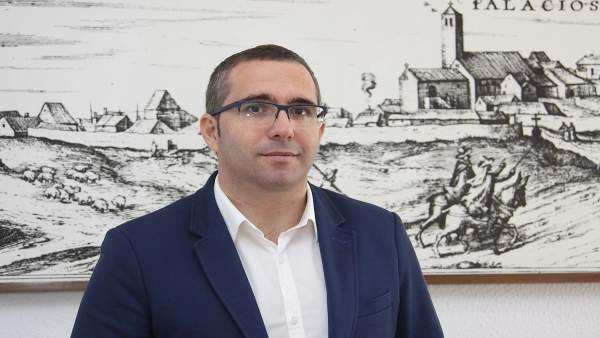 El alcalde de Los Palacios y Villafranca