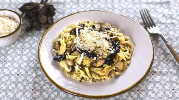 Falso risotto de setas y parmesano