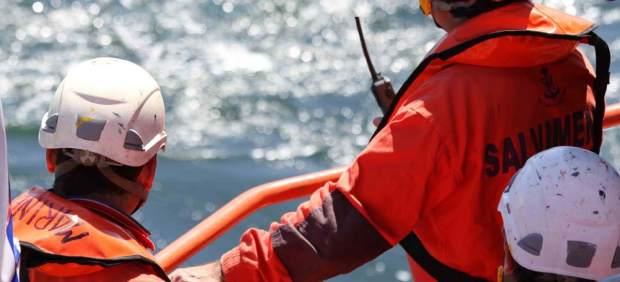 Rescatadas 27 personas de dos pateras en la costa de Granada