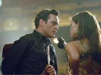 Joaquin Phoenix y Reese Witherspoon en 'En la cuerda floja' (2005)