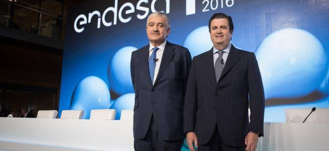 El consejero delegado de Endesa, José Bogas, y el presidente, Borja Prado en una Junta de Accionistas.