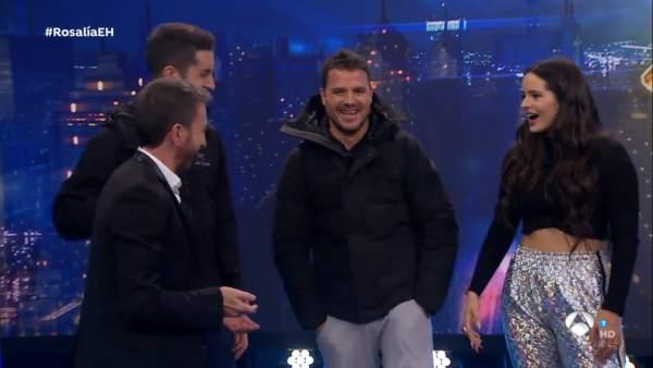 Pablo Motos, Boncano, Dani Martín y RosalÍa, en 'El hormiguero'.