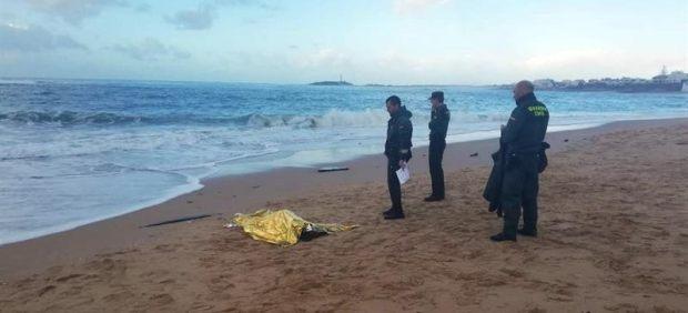 Inmigrantes muertos en el Estrecho