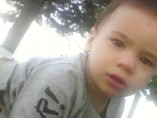 El bebé de 18 meses que fue rescatado por un pescadero en Nueva Zelanda