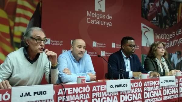 Imagen de la rueda de prensa de Metges de Catalunya con los doctores, J.M.Puig, O.Pablos, J.O'Farril y A.Roca.