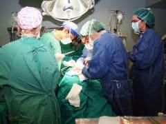 Imagen de archivo de una intervención en quirófano.